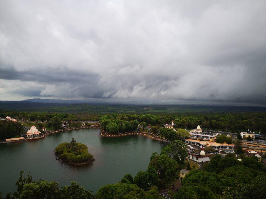 grand bassin mauritius ganga talao templu hindus
