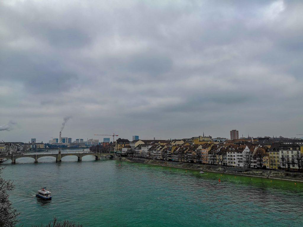 raul rin - basel - elvetia - barca pe rin - traversare rin